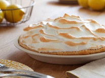 CC-alton-brown_lemon-meringue-pie-recipe_s4x3